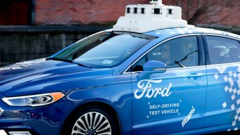 5 Reasons Experts Think Autonomous Cars Are Many Years Away