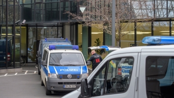 Search of Deutsche Bank Offices Continues in German Probe