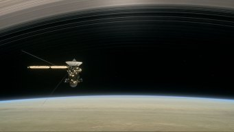 'Star Trek' Actor Sings 'Ciao' to Cassini Spacecraft