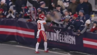 Police to Charge Fan Who Dumped Beer on Chiefs' Tyreek Hill