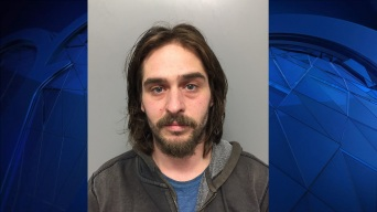 Man Arrested for Allegedly Stealing Packages with Child in Tow
