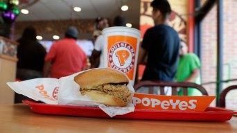 Gunman Demands Chicken Sandwich From Texas Popeyes