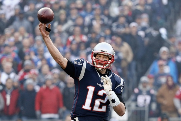Brady Starts AFC Title Game With Black Tape Over Injury