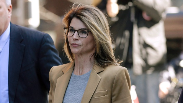 [NATL-AH] Lori Loughlin Thinks She'll Be Able To Return To Acting