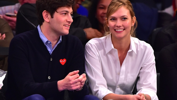 Celeb Hookups: Model Karlie Kloss Marries Joshua Kushner