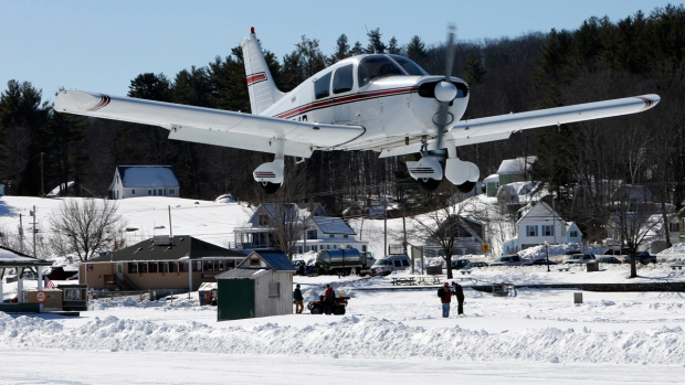 PHOTOS: Lake to be Used as Ice Runway for Planes