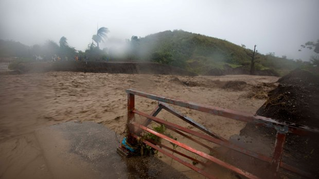[MI] Hurricane Matthew Causing Damage During Path Through Haiti, Cuba