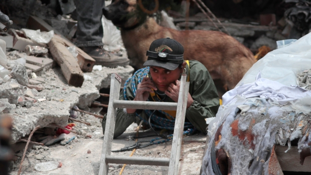 Top News: Search for Mexico Earthquake Survivors Continue