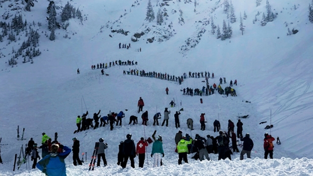 Top News Pics: Avalanche Kills Skier at New Mexico Ski Resor