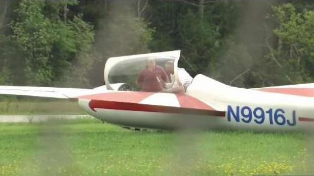 [NECN] Authorities Investigating After 3 Die in Glider Crash