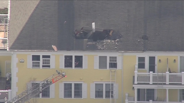 [NECN]RAW FOOTAGE: Plane Crashes Into Condo Building, Killing the Pilot