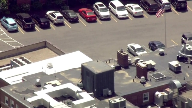 [NECN]Police Respond to Scene Where Patient Allegedly Stabbed Nurse