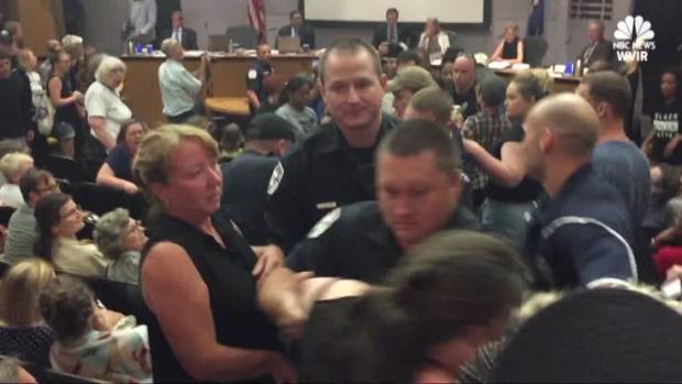 [NATL] Chaos at 1st Charlottesville City Council Meeting Since Violent Rally
