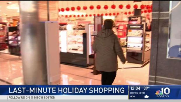 [NECN] Crowds Rush Malls for Last-Minute Holiday Shopping