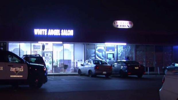 Men With AK-47s Rob Texas Game Room, Shoot Woman: Police