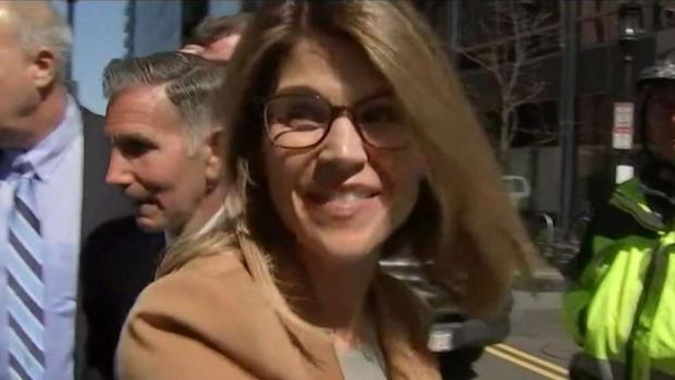 [NECN] Felicity Huffman and Lori Loughlin Appear in Court