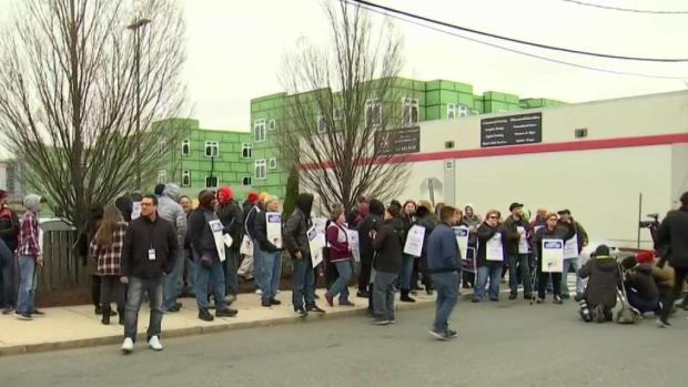 [NECN] First Full Day of Stop & Shop Strike