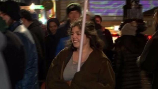 [NECN] Hundreds Line Up for 'Star Wars' Premiere in Boston