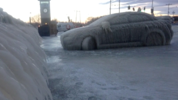 Spray From Lake Erie Wraps Car in Thick Layer of Ice
