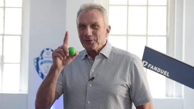 [NATL]NFL Hall of Famer Joe Montana Hooks Up With FanDuel for Fantasy Golf