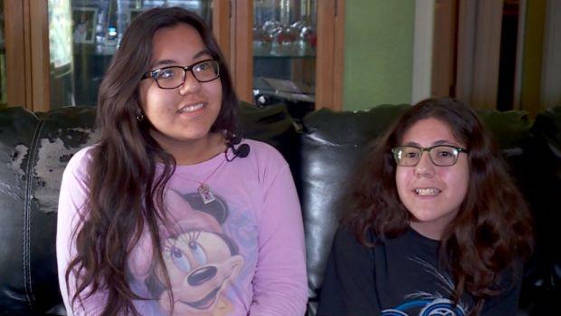 [NATL] Teen Sisters Meet 911 Dispatcher Who Sent Help During Break-In