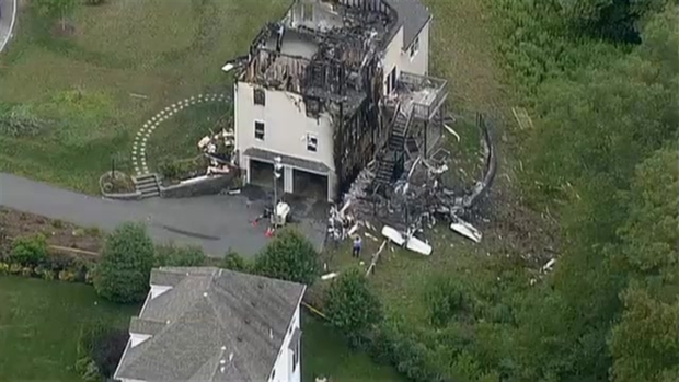 [NECN] AFTERMATH VIDEO: Plane Crashes Into Plainville, Mass. Home