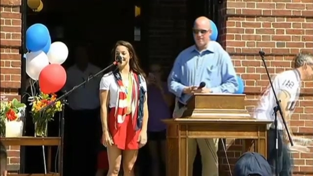 [NECN] Hundreds Welcome Home Aly Raisman