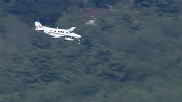 WATCH: Plane With Gear Issues Lands at Mass. Airport