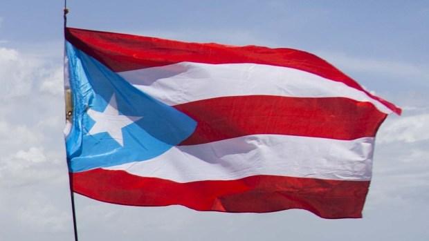 [NATL] Puerto Rico Protests Take Over Major San Juan Highway