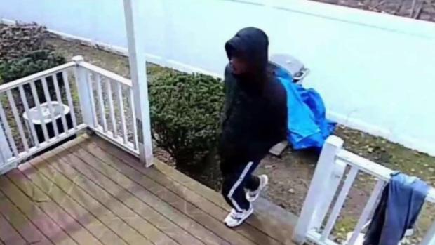 [NECN] Police Seek Suspects in Walpole Break-in