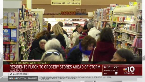 [NECN] Residents Flock to Grocery Stores Ahead of Winter Storm