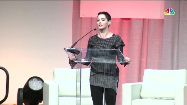 [NATL] Rose McGowan Makes First Public Appearance Since Weinstein Claim