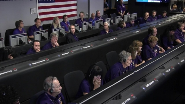 Watch An Emotional End for Cassini's Team at Mission Control