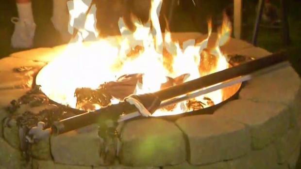 [NECN] Swansea Man Hosts Patriots Jersey Burning