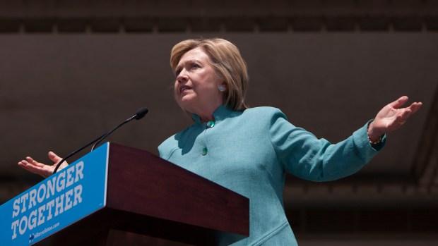 Clinton Slams Trump's Business Record in Atlantic City