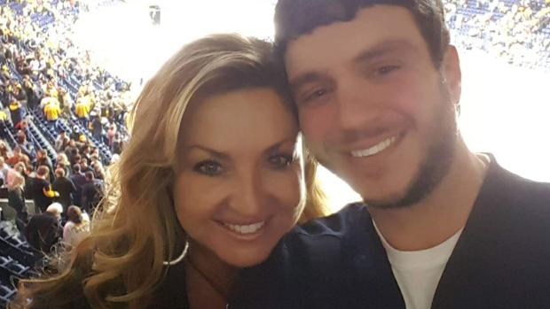 [NATL] Stories of Heroism Told After Las Vegas Mass Shooting