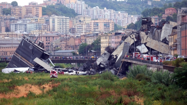[NATL] Highway Bridge in Italy Collapses in Storm, Killing at Least 22
