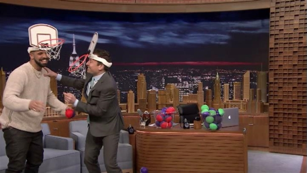 [NATL] 'Tonight Show': Drake and Jimmy Fallon Shoot Hoops