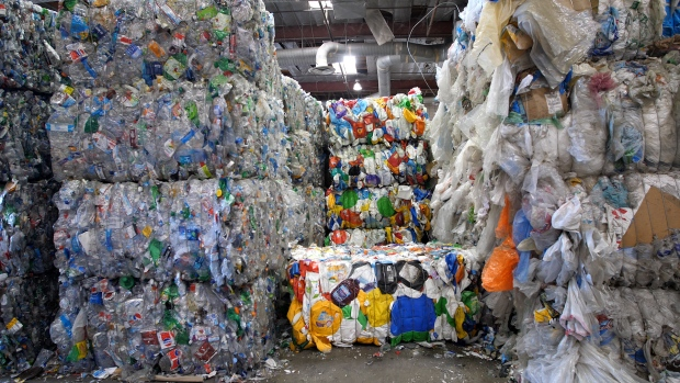 How A New Chinese Policy is Causing a Recycling Nightmare in the US