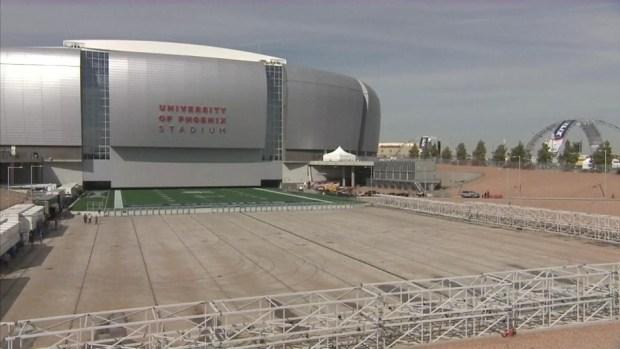 [NATL-DFW] Timelapse: Grass Field Slides into Super Bowl Stadium