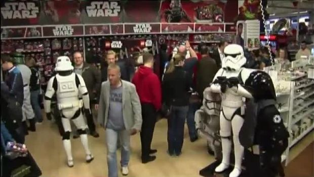 'Star Wars' Fans Out in Full 'Force'