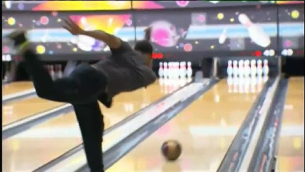 Mookie Betts: Professional Bowler?!