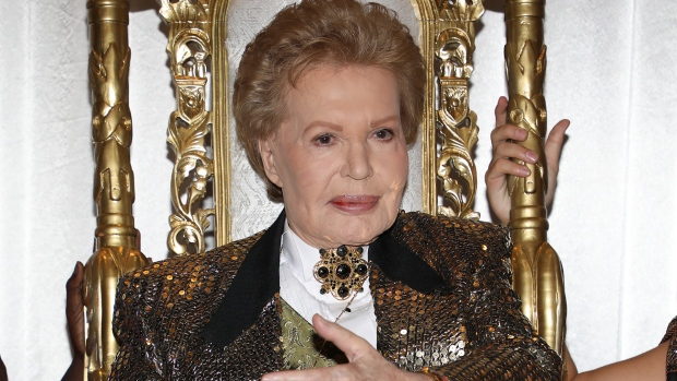 [NATL] Latin American Astrologer Walter Mercado Dies at 87