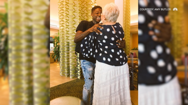[NATL] Man Travels 1,000 Miles to Meet Elderly Words With Friends Opponent