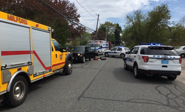 1 dead, 1 wounded in stabbing outside home in Milford