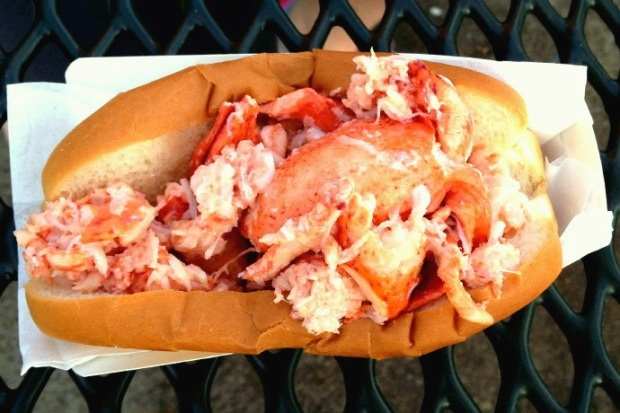 These 6 Lobster Rolls Will Satisfy Your Seafood Cravings