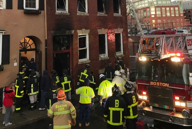 Crews Battle Christmas Morning Fire in Boston's North End