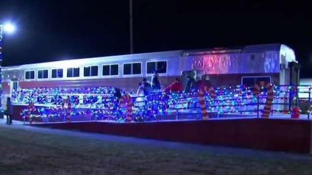 [NECN] 2 People Hit, Killed by Christmas-Themed Train