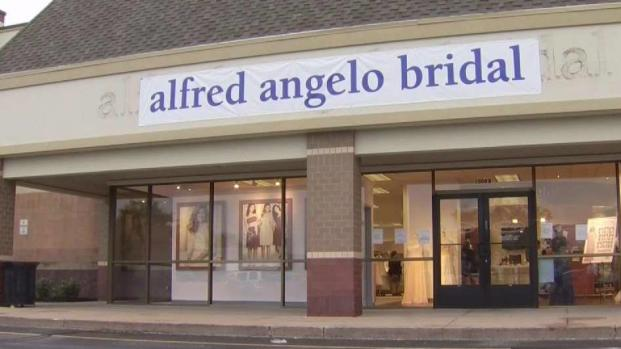 [NATL-DFW] 'I am Crying': Alfred Angelo Bridal Store Closures Panic Dress Shoppers