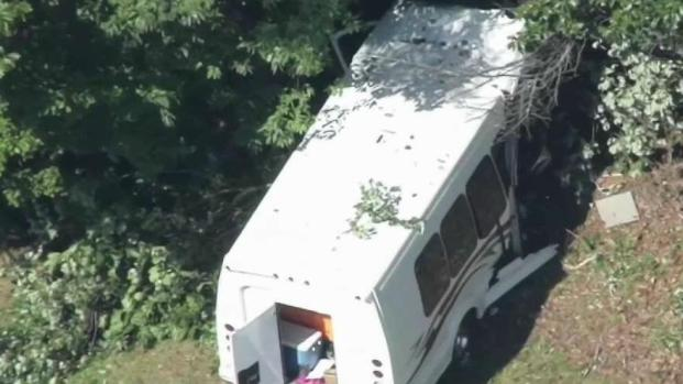 [NECN] Driver and Kids Injured in Bus Crash on I-95 in NH